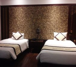 Walls made of coconut shells headboard